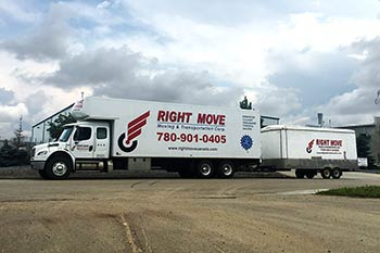 Moving truck with trailer